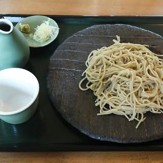 手打そば ながいけ - 料理写真:粗挽き十割せいろ1020円。