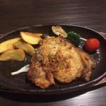 ベビーフェイスプラネッツ - 料理写真:ガーリック醤油チキン