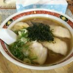 弁慶 - 料理写真:正油ラーメン 600円(税別)動揺してブレまくってます・・・
