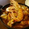 まかと - 料理写真:「ゴロゴロチキンカレー」アルゼンチン産海老2尾トッピング