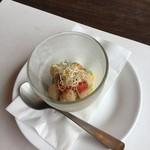 鉄板焼 開化屋 - 季節野菜のサラダ ホタテのサラダ結構いけますね。