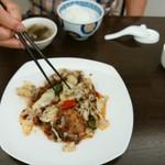 中華菜館 成都 - 料理写真:回鍋肉片1150円+白飯320円+スープサービスかな?