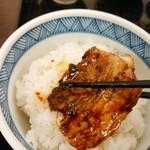中華菜館 成都 - 料理写真:回鍋肉片分けてもらいました。