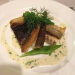 フランス料理店 ア・プ・プレ - 白身魚のポワレ、プールブランソース、新牛蒡のリゾット