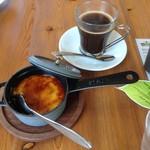クラブハリエ ジュブリルタン - 料理写真:カタラーナとシーズナルコーヒー