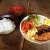 バンクーバー - 料理写真:とんかつ定食♩