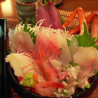 軍ちゃん - 料理写真:海鮮丼@海の幸味処膳