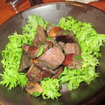 CANTINETTA SALUS - 料理写真:「滝川産合鴨の砂肝と十勝マッシュルームのガーリックソテー」