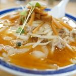 味の三平 - 鉄火麺(中辛