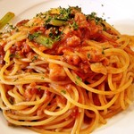 Vineria Dopo Domani - 魚介のラグーと小松菜のトマトソーススパゲティ