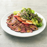 Bon Vivant sandwich - 「ローストビーフオープンサンド」非常に柔らかなローストビーフを幾重にも重ねた贅沢な1品。