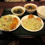 陳家私菜 - 無料の鶏の唐揚げ&中華サラダ?&日替わりスープ&ライス