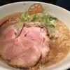 麺処 蓮海 - 料理写真:まぐろ豚骨塩ラーメン(770円)