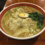 広州市場 - 塩清湯ワンタン麺