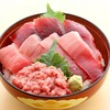 三崎 豊魚  - 料理写真:まぐろ三色丼
