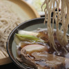 曽山商店 - 料理写真:鴨汁つけ蕎麦 ¥1,000 暖かい鴨汁で冷たいせいろ蕎麦は涼しい赤城山で食べるのにおすすめです