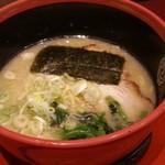 赤坂ラーメン - 塩とんこつ 2016.5