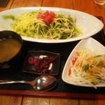 沖縄料理 舞天 - タコライス定食