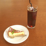 ARIA - リコッタチーズケーキ/コーヒー(アイス)