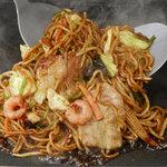 道とん堀 - ソース味・塩味・大阪味・ご当地味などちょっぴり太い麺に合います!