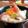 日本料理 三平 - 料理写真:海鮮丼