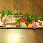京町個室居酒屋 魚御殿 - 豪華お刺身5点盛り(雲丹しゃぶ料理コースの4000円コース)