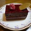 パティスリー グレゴリー・コレ - 料理写真:2016.06 ショコラフランボワーズ(500円税別)