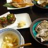 権太 - 料理写真:岩がき♪ 茶碗蒸し♪ 茄子田楽♪  蟹♪