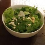 花様 NU茶屋町 - 料理写真:おかわり自由 近江野菜サラダ