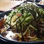 栄楽 - 料理写真:冷やしたぬきうどん800円