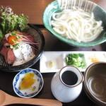 釜揚げうどん 鈴庵 - ローストビーフ丼セット