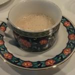 ビストロペイザンヌ - 料理写真:マッシュルームのスープ