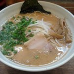 宮崎とんこつ 神楽 - 豚骨醤油ラーメン700円