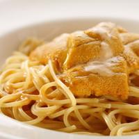 新鮮なウニのスパゲッティ