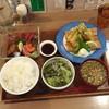 釜炊バル 食堂 酒嚢飯袋 - 料理写真:鮪・鱒・蛸刺身と鯖フライ定食1,000円