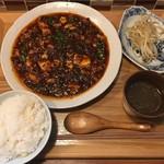 52598503 - ランチメニュー A.麻婆豆腐 ご飯・スープ・小菜付 900円(税込)