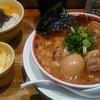 九州じゃんがら - 料理写真:こぼんしゃんはマー油が効いた安定の味、ゆかりご飯に角肉追加の日本橋セット、酢漬けのキャベツが旨かったです。