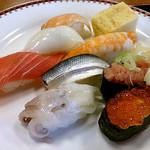 スーパー回転すし 海鮮 まぐろ - 料理写真: