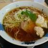 鶏白湯Soba 星麺 - 料理写真:鶏SOBA醤油。トッピングにすいとんとは個性的だ。