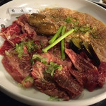 焼肉園 花牛 - 料理写真:紅白盛り合わせ