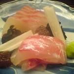 虎ノ門 青柳 - 桜鯛のお造り