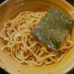 52704285 - 極太胚芽麺、海苔つき