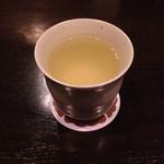 六本木 香和 - レモンリキュールのお湯割り