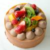 ラ・クレマンティーヌ - 料理写真:生チョコショート★6~10月は色々なフルーツがのります。