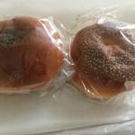 築地木村家ペストリーショップ - こしあんパンと粒あんパン(いずれもミニ)