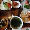 韓国料理 ムグンハ - 料理写真:ランチセットの小鉢など