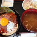 北海道 - ローストビーフいくら丼 肉並盛