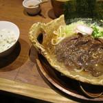 肉や しるし - 肉うどんセット ¥800