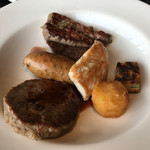 ビューアンドダイニングザスカイ - 肉系の鉄板焼き(2016年5月)