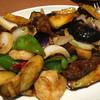大福元 - 料理写真:エビ、牛肉、茄子の四川風炒め¥980